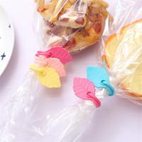 eco spaß großhandel-Candy Farbe Blatt Design Silikon Tasche Clips umweltfreundlich super flexible Plastiktüten Band kreative Spaß Dichtungsgürtel 0 16cj Z