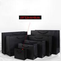 küçük işlenmiş hediye çantaları toptan satış-Parti Hediyeleri ClothesShoes Özel Logo Temin için Saplı 15 * 12 + 6cm Siyah Kağıt Hediye Çanta Küçük Mini Boyut Kraft Poşetler