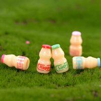 bahçe anahtarlık toptan satış-Renkli Yapay Süt Yoğurt Şişe Mini Reçine Zanaat Süs Anahtarlık Kolye Aksesuar Çocuklar Için Minyatür Peri Bahçe Dekorasyon Hediye