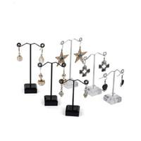 soportes para perchas al por mayor-Negro claro acrílico Stud Earring Jewelry Display Rack Stand organizador broches Holder Holder gancho percha contador caso