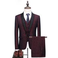 платье для мужчин оптовых- Men Tuxedo Suit red Big Size S-5XL Shawl Collar 3 Pieces Dress Suit Slim Fit Groom Wedding Suits for Men Formal