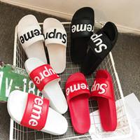 zapatillas de casa mocasín al por mayor-Diseñador de moda deslizamiento sandalias zapatillas para hombres mujeres Casual Slipper diseñador caliente Unisex Beach Flip Flops deslizador ALTA CALIDAD