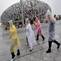 raincoats großhandel-Einmalige Regenmantel-Mode-heiße Wegwerf-PET-Regenmäntel Poncho-Regenkleidung-Spielraum-Regen-Mantel-Regen-Abnutzungs-Reise-Regen-Mantel IB056