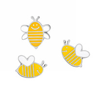 Wholesale Bee Cute - Cute Animals Bee Metal Brooches Silver Plated Brooch Pins Badge Fashion Jewelry Business Suit Handbags Accessories Gift
