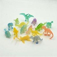 pacotes de brinquedos de novidade venda por atacado-16 unidades / pacote de 2 polegada Mini Dinossauros Noctilucentes Jurassic Toy Brilho No Dinossauros Escuros Figuras de Ação Brinquedos Novidade Itens CCA10543 288 conjunto