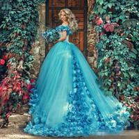 vestidos de baile de mascarada azul al por mayor-2018 Jade Blue masquerade vestido de bola Vestidos de quinceañera con flores hechas a mano fuera del hombro tribunal tren vestido de baile de tul dulce 16