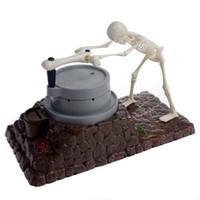 ingrosso scatole di denaro divertente-Halloween Funny The Mare To Go Teschio scheletro Grinder Coin Bank Teschio Salvadanaio Salvadanaio