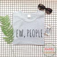 freie völker kleidung großhandel-Das T-Shirt der Frauen Okoufen Ew Leute-T-Shirt T-Stück Hipster-Kleidungs-Mode-lustige Kleidungs-kurze Hülse Unisexoberseiten Tumblr-grafische T-Stücke Freies Verschiffen
