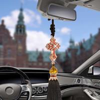 araba dekor kolye toptan satış-Araba Kolye Kristal Elmas İsa Çapraz Araba Dekorasyon Haç Otomobil Dikiz Aynası Hıristiyan Dekor Asılı Aksesuarları