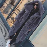 kış derisi kürkler toptan satış-Kış Sıcak kapşonlu Büyük boy Orta uzunlukta Düz renk Kürk Taklit Kürk Kadın 2018 Yeni Rahat Uzun kollu Kadın ceket