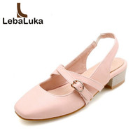 kadınlar 33 topuklu toptan satış-Toptan Boyutu 33-43 Kadın Sandalet Yuvarlak Ayak Kare Topuk Kadın Ayakkabı Üzerinde Kayma Öğrenciler Için Metal Toka Sweety ayakkabı