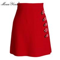 short en laine rouge achat en gros de-MoaaYina 2018 Mode Printemps Femmes Laine Rouge Jupe Courte Rose Applique Slim Paquet hanche brillance élégance Rouge Laine Jupe Courte