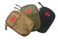 pacotes de primeiros socorros venda por atacado-Hot 2018 Tactical Medical Packs molle Acessórios Kit EMT Kit de Primeiros Socorros Acessórios Médicos IFAK Utility Bags, pequenos bolsos