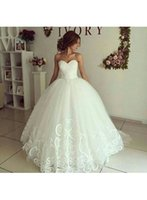 Wholesale lace romantic sexy wedding dresses resale online - 2018 New Design Romantic Ball Gown Wedding Dresses Sweetheart Lace Applique Formal Gowns Sexy Backless Wedding Bridal Gowns Custom Made