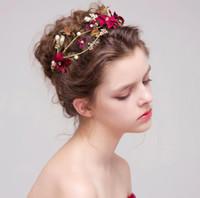 Ornamenti rossi dei capelli del copricapo di nozze della sposa del fiore 45486e0f2928