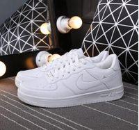 cut shoes al por mayor-2019 Classic Force Sneakers Moda Hombres Mujeres Low Cut Blanco Negro Casual Al Aire Libre Uno 1 Zapatos Dunk Skateboarding Sport Shoes 36-44