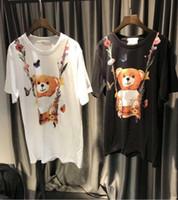 camisa de flores negras de las mujeres al por mayor-Nueva etiqueta de alta calidad impreso Flower Bear mujeres camisetas Streetwear diseño suelto blanco y negro femenino camisetas moschionitied tops tee