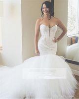 vestidos de sirena para la bola al por mayor-Vestidos de novia de encaje sirena de lujo apliques de amor vestido de bola de tul hinchado vestidos de novia tallas grandes vestidos de novia diseño personalizado