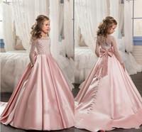 kızlar için uzun pembe elbiseler toptan satış-2019 Pembe Vintage Çiçek Kız Elbise A Hattı mücevher Uzun Kollu Düğün Partisi için Dantel Bow Satin ile Tren Kız Yarışması Elbise Sweep