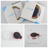 Wholesale Qi Wireless Charger For Iphone X Samsung Magnetic Induction Mobile Phone Fast Charging Round Pad Illuminate Wireless Charger Retail box