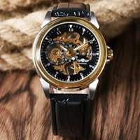 новая рука группа моды оптовых-New  WINNER  Gold Round Dial Wristwatch Black Leather Band Strap Fashion Mechanical Hand Wind Men Watch