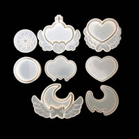 Wholesale candy gifts diy resale online - Silicone DIY Cake Chocolates Fondant Mold Environmental Moon Heart Love Shape Baking Mould Valentine Day Gift Handmade Candy Props dy Z