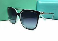ingrosso all'aperto decorazione-Donne di stile di estate Fascino di marca Metallo pesca cuore Decor occhiali da sole cava Outdoor Ombra occhiali da sole femminile personalità occhiali da sole con la scatola