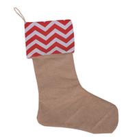 decoração do dia das crianças venda por atacado-Chirtsmas dia crianças doces presentes embalados meias de lona 7 estilo chevron x'mas dia pacote saco decoração meias
