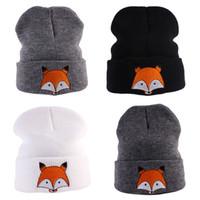 chapéus de malha dos desenhos animados venda por atacado-Inverno Quente Dos Desenhos Animados Fox Chapéu De Malha Crianças Do Bebê Beanie Bordado Cap Chapéus de Natal Favor de Festa WX9-206