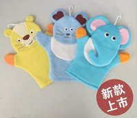 Wholesale hand puppet gloves resale online - Baby Sponge Bath Rub Mitt Kids Infants Bath Brush Animals Shape Bushtub Glove Hand Puppets And Bath Towel Bathroom lin4201