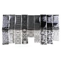 siyah tırnak modası toptan satış-9 adet / torba 4 * 120 cm Nail Art Tutkal Transferi Folyo Beyaz Siyah Dantel Tırnak Çıkartmalar Moda İpuçları Çıkartmaları Yıldızlı Gökyüzü Sticker