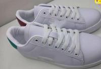 ayuda de cuero al por mayor-Zapatos de hombre 2018 Nuevo diseñador de lujo de cuero blanco bordado zapatos planos de baja ayuda amantes amantes zapatillas para hombres Zapatillas de tenis para mujer Fiesta mié