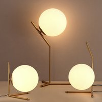 bureau ac achat en gros de-Verre nordique Boule LED Lampe de table d'or Lampe de bureau chambre lampe de lecture éclairage