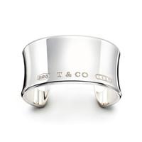 asiatisches jadearmband großhandel-Hohe Qualität Promi design Silber Silber Kette armband Frauen Brief Klee Breite armbänder Schmuck Mit staubbeutel Box