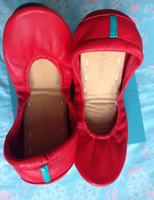 ingrosso scarpe da ballo di yoga-Le donne piegano il balletto di ballo di yoga Appartamenti il fondo molle del tendine Il cuoio genuino cucito a mano delle signore di modo marca di lusso guida la scarpa casuale di guida