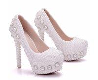 tacones flor grande al por mayor-Zapatos de mujer de moda blanco cristal de la perla FLOWER 14cm zapatos de tacón alto zapatos de boda princesa impermeable de tacón alto de gran tamaño 34-41