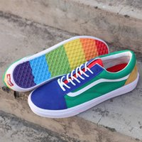 4fbb1504afc Wholesale men skating shoes - Vans Old Skool Skate Shoes Classic Mens  Sneakers Skateboarding Rainbow Men