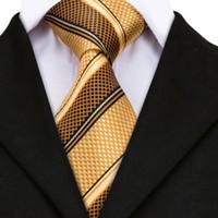 corbatas amarillas para hombre al por mayor-Corbatas de lujo para hombre Corbata de jacquard de seda a rayas de oro amarillo para hombre Conjunto de gemelos Hanky Corbatas de boda para hombres