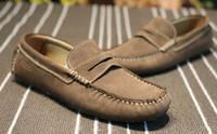 cubre zapatos para hombres al por mayor-2018 Nuevos zapatos perezosos para hombres Summer Casual Low Classic calzado cómodo, telares con un pedal de pie, frijoles, botas menundefineds