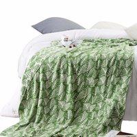 ingrosso biancheria bianca in corallo-Verde bianco foglia modello 100% cotone biancheria da letto 1pcs coperte copriletto coperta Manta Coral flanella divano / divano letto / aereo viaggi