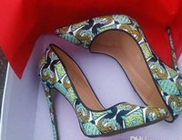 Wholesale dressing ladies hand bags for sale - 2018 new style women red bottom high heels shoes hand painted pattern pointed toe green serpentine lady wedding shoes dust bag box