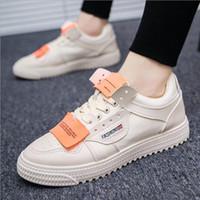 Tide 2018 nuevas zapatillas low-top salvajes hombres hip-hop street dance  zapatos tendencia moda casual zapatos de los hombres blanco 3c097b49f43