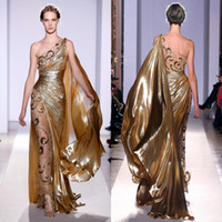 zuhair murad couture gold kleid großhandel-Zuhair Murad Haute Couture Appliques Gold Abendkleider Lange Meerjungfrau One Shoulder mit Applikationen Sheer Vintage Pageant Prom Gowns 9390