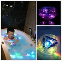 luces impermeables de baño al por mayor-Nuevo Partido juguetes de baño en la bañera LED Luz impermeable divertido baño que bañan la tina de luz LED Juguetes para niños Bañera niños divertido del tiempo