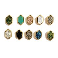 anillo de piedra natural chapado en oro. al por mayor-Prisma hexagonal de piedra natural Stud pendientes de oro chapado en oro pendientes de cobre para las mujeres pendientes de joyería de moda