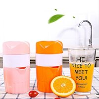 mini limon suyu toptan satış-Yeni Çok Fonksiyonlu Sıkacağı Limon Portakal Sıkacağı Taşınabilir Mini Mutfak Alet El Suyu Sıkacağı Sıcak Satış 3 5cd Ww
