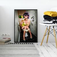 ingrosso immagini nude di arte-Creative Bar Toilet Girl Painting Interessante WC Decorazione murale Ristorante Women Nude Pictures Bagno Birra Body Art Posters