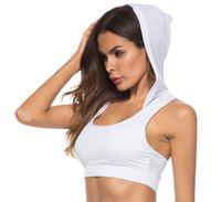 fitness yelek beyaz toptan satış-Kadın Kapşonlu Atletik Sütyen Moda Aktif Yumuşak Yoga Yelek Gym Fitness Spor Sutyen Siyah Beyaz Sutyen Ile Şapka Ücretsiz Kargo