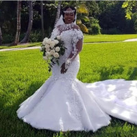 vestidos de novia sexy al por mayor-Vestidos de novia de talla grande africanos 2019 Escote alto Ilusión Manga larga Apliques Vestidos de sirena con cuentas Tren de la corte