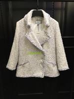 weiße, hochhalsige bluse großhandel-High End Frauen Mädchen Langarm weißen Tweed Jacke V-Ausschnitt Top Bluse Oberbekleidung Mantel lose Blazer Runway Damen Mode Jacke Quaste Mantel